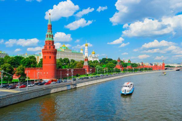 新婚旅行は両親と同じロシアへ行きたい!