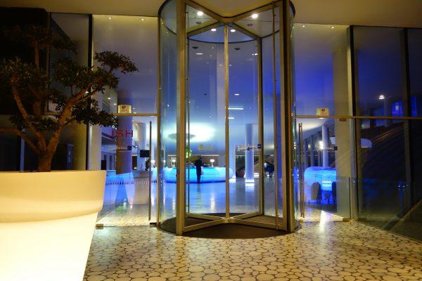 ラディソンブルー・エス・ホテル・ローマのエントランス