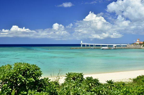 沖縄は国内新婚旅行で人気No.1の行き先