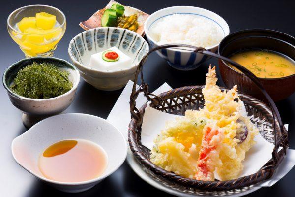 和食処「いじゅ」(写真提供:オクマ プライベートビーチ&リゾート)