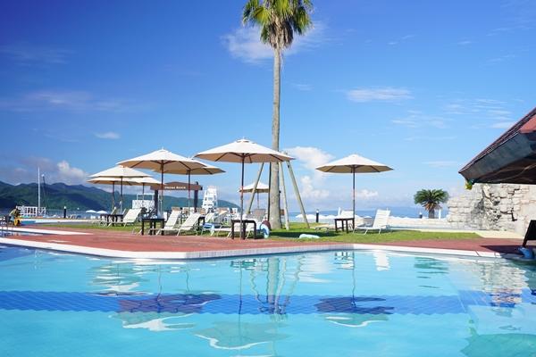 4種類のプール(写真提供:オクマ プライベートビーチ&リゾート)