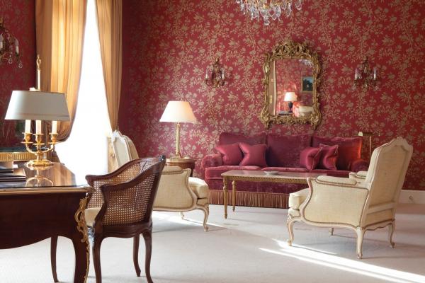 ヨーロッパスタイルの客室は広々
