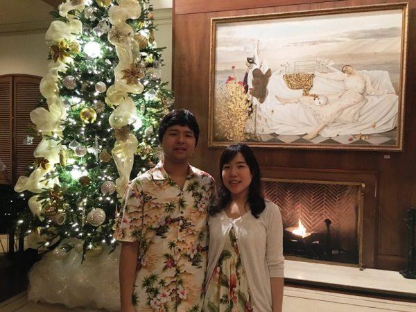 クリスマスツリー前でパシャリ