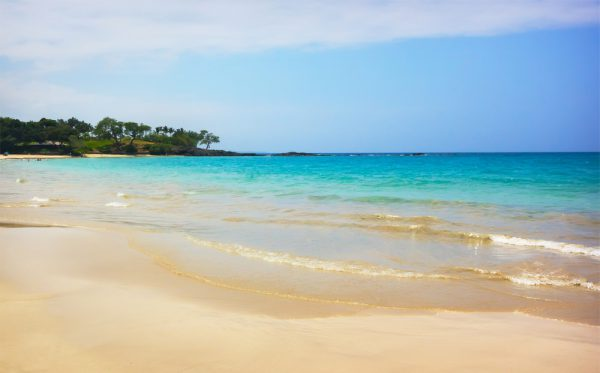 ハワイ島では珍しい白砂のハプナビーチ