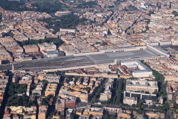 29のプラットホームがあるテルミニ駅