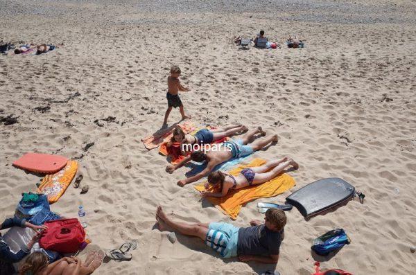 南ブルターニュでは海水浴客も