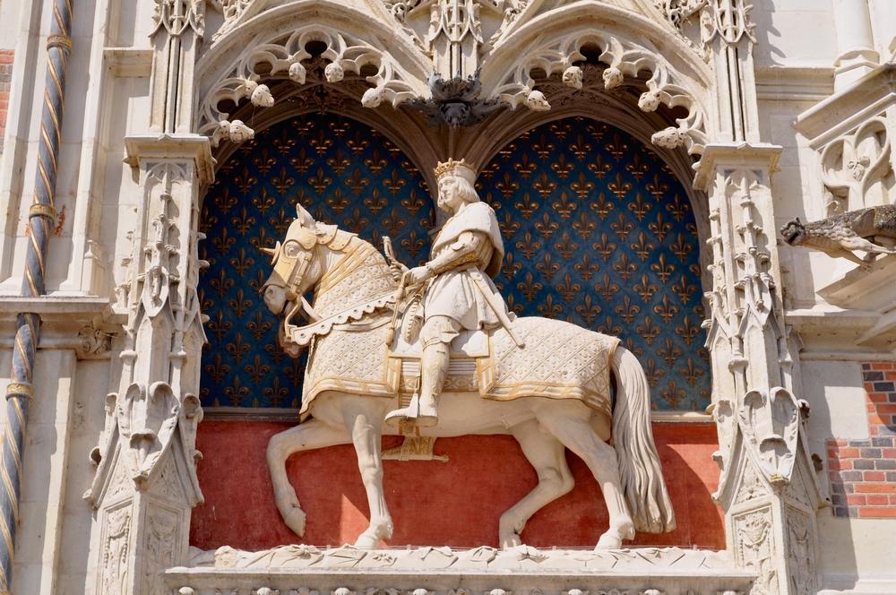 ブロワ城にあるルイ12世の像