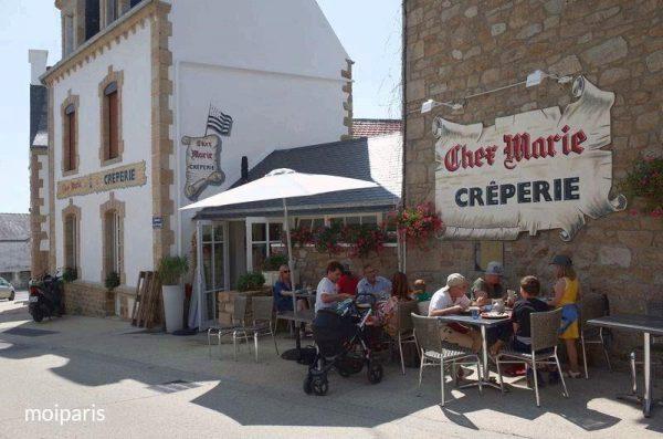 クレープリーが多いブルターニュの街