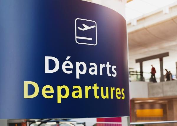 パリもしくはヨーロッパ主要都市で乗り継ぎ