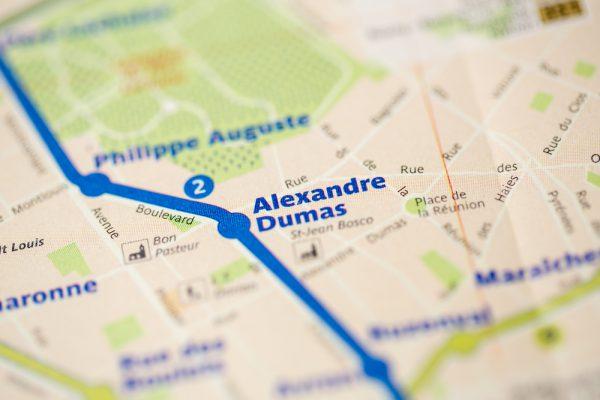 Alexandre Dumas駅