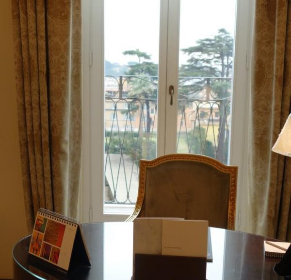 ホテルエデン室内3
