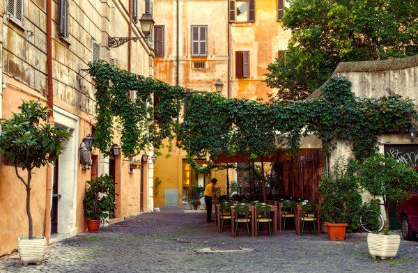 ローマのレストランで何を食べる?