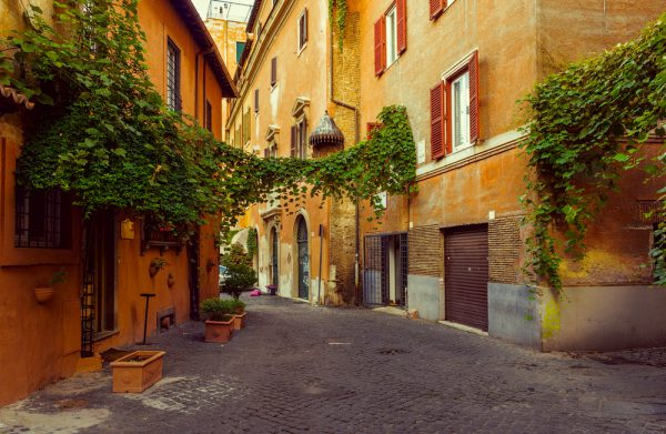 ローマの下町トラステヴェレ地区には魅力的なお店がいっぱい