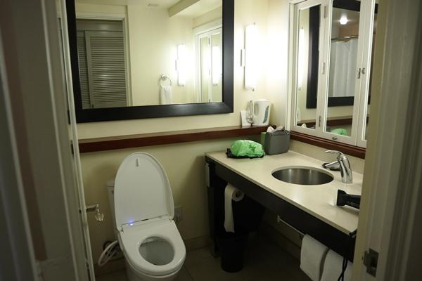 バスルームは普通