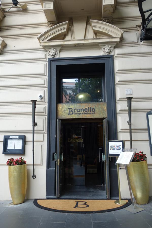 ブルネッロ・レストランは宿泊客以外も利用可能