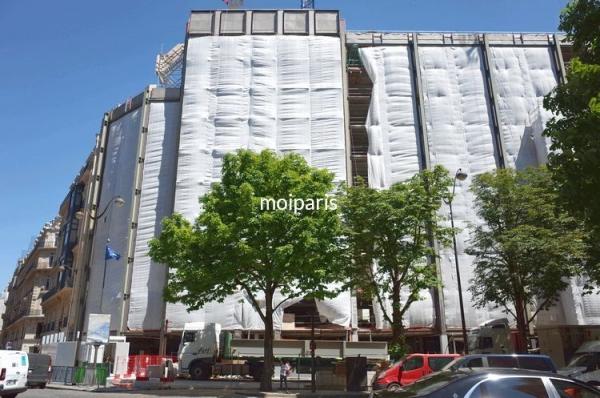 30番地に建築中のブルガリホテルパリ