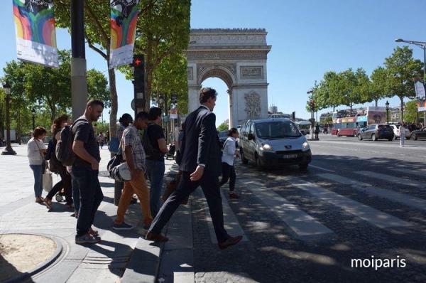 パリのシンボル凱旋門