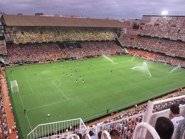 スペインハネムーンでサッカー観戦