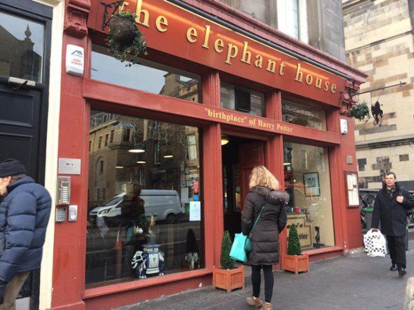 エレファント・カフェはハリーポッターの作者ゆかりの店