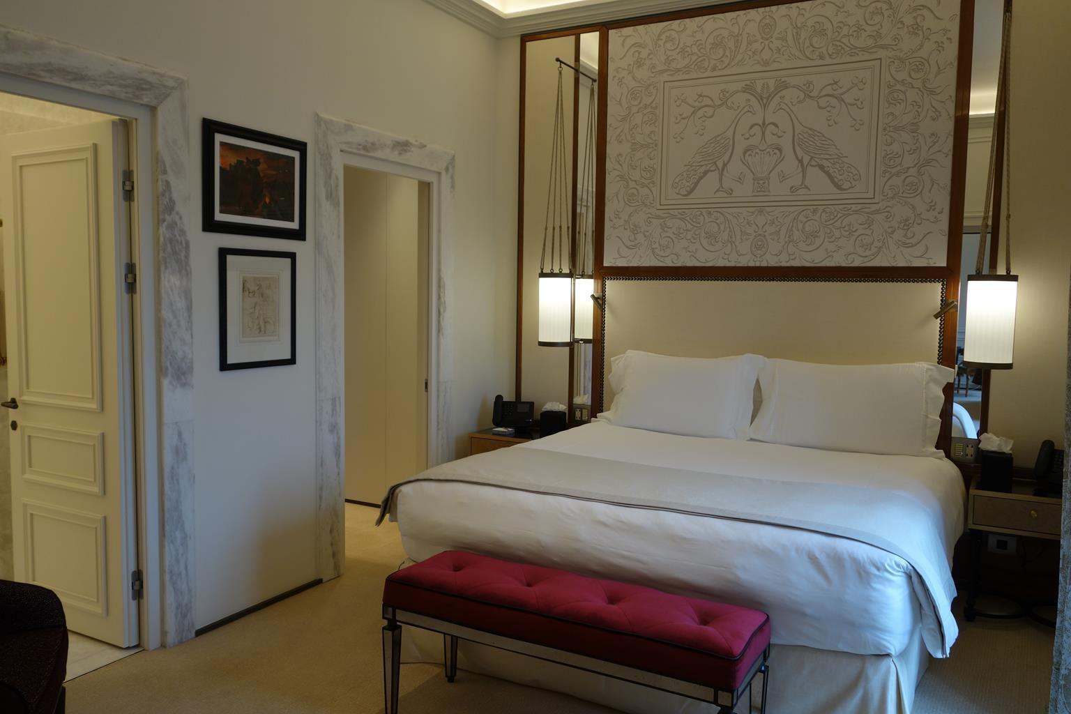 ホテルエデン室内1