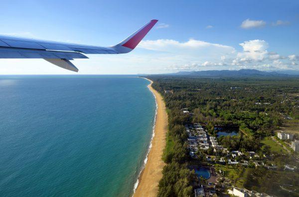 アンダマン海と飛行機