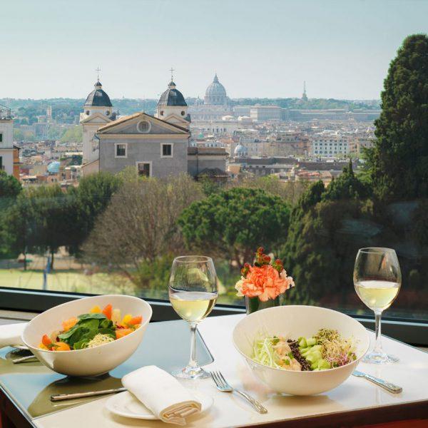 ホテルエデンのレストランからの眺め