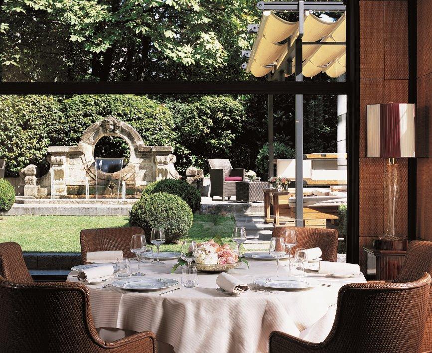 イタリア料理レストラン「アカント」