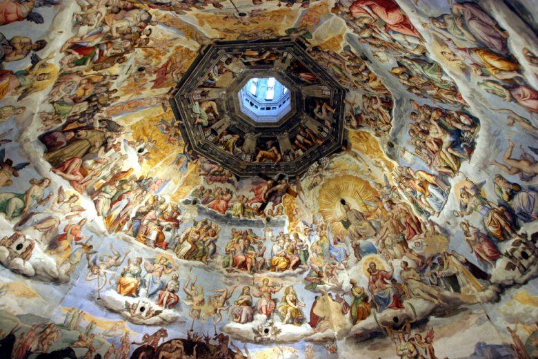 クーポラの内側に描かれたフレスコ画
