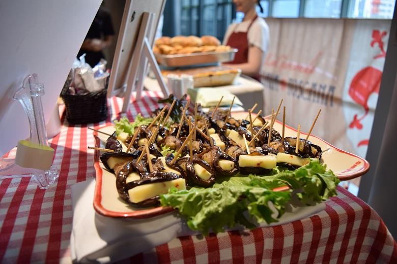 イタリアから直輸入の食材は希少