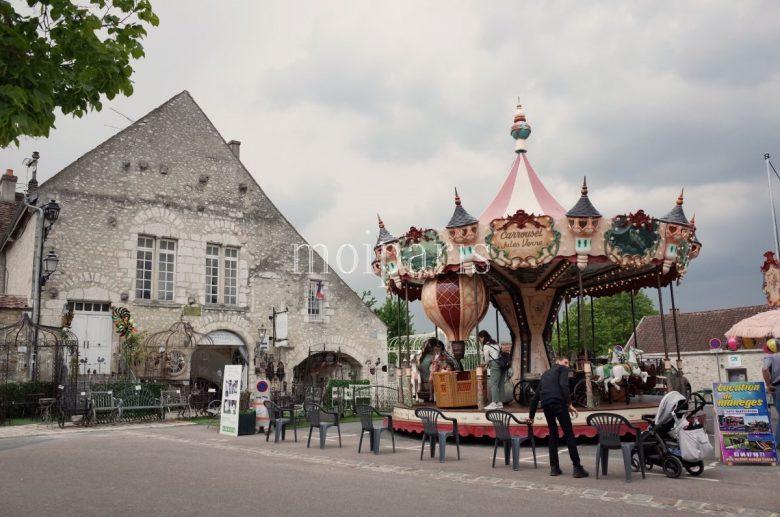 世界遺産の街・プロヴァンへ日帰りツアー