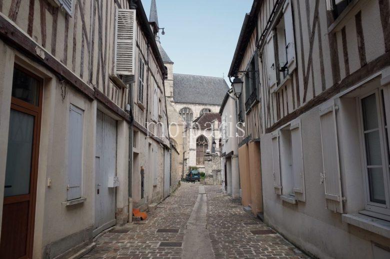 プロヴァンは保存状態のよい中世都市