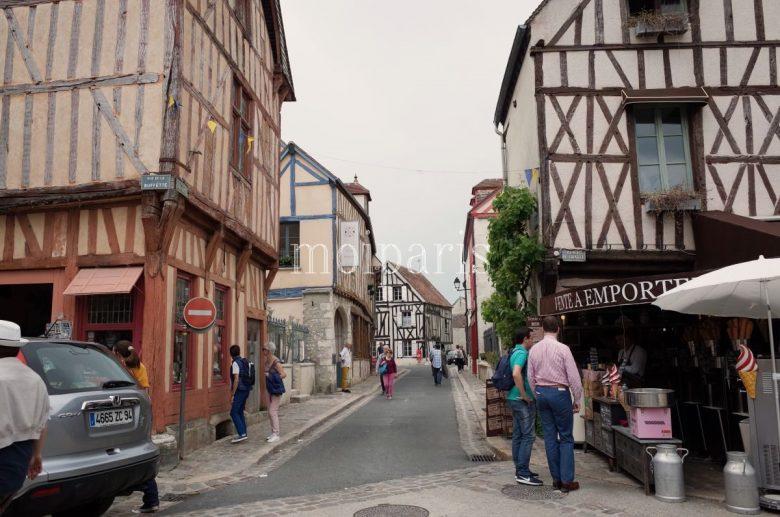 美しい町並みが広がる旧市街地
