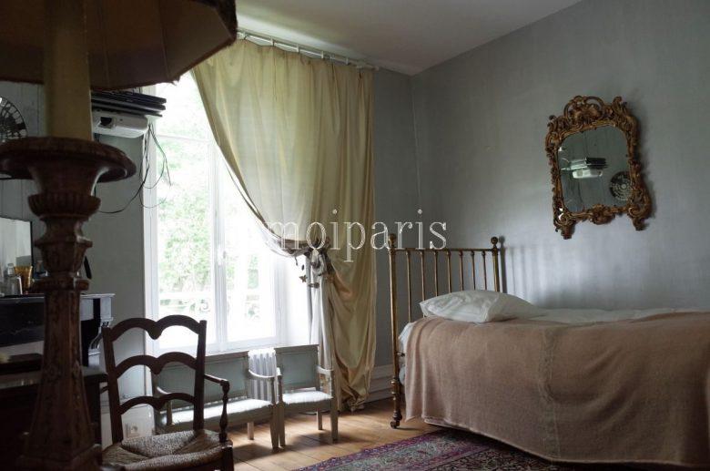 クラシカルでフランスらしい客室