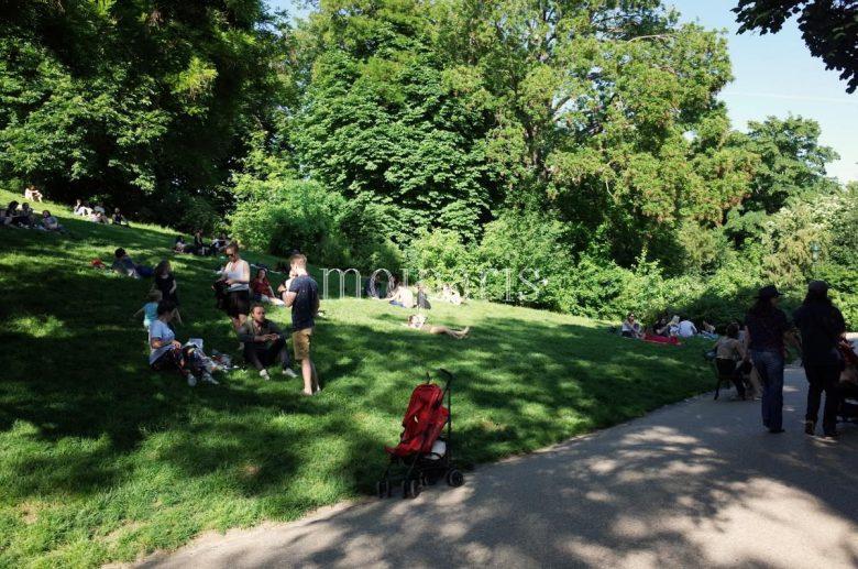 ビュット・ショーモン公園(Parc des Buttes-Chaumont)