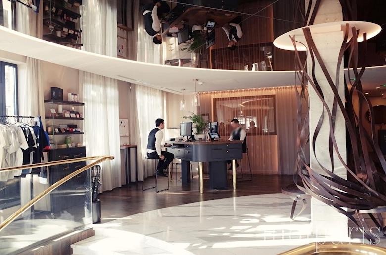 館内はモダンなデザイナー ズ・ホテル