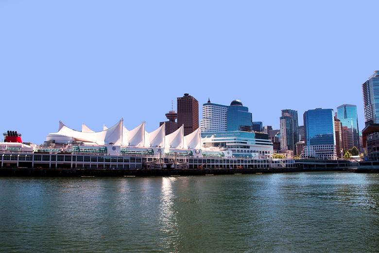 カナダ・プレイス港