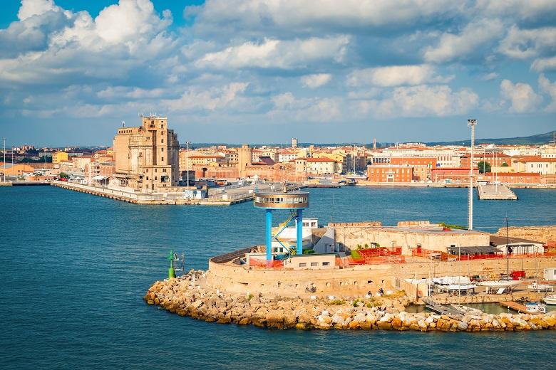 フィレンツェ・リボルノ港