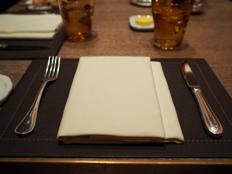 ゆったりとした気分でお食事が楽しめるレストラン