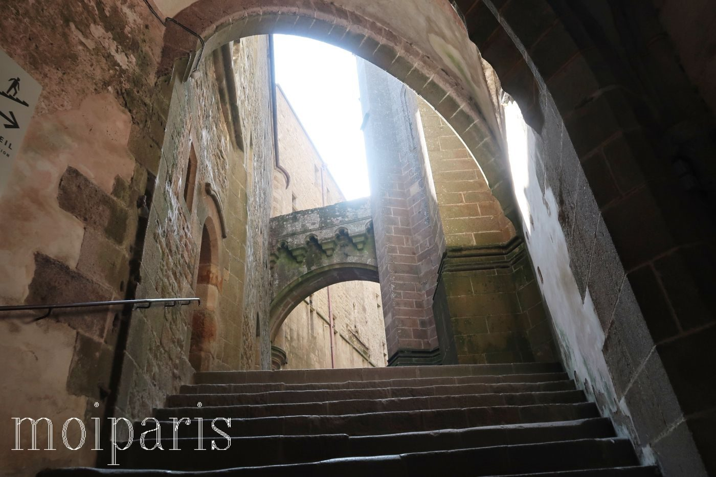 モンサンミッシェル、修道院内、大階段。