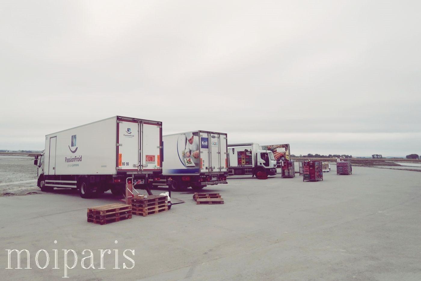 モンサンミッシェル、島の物流、トラック、物資運搬。