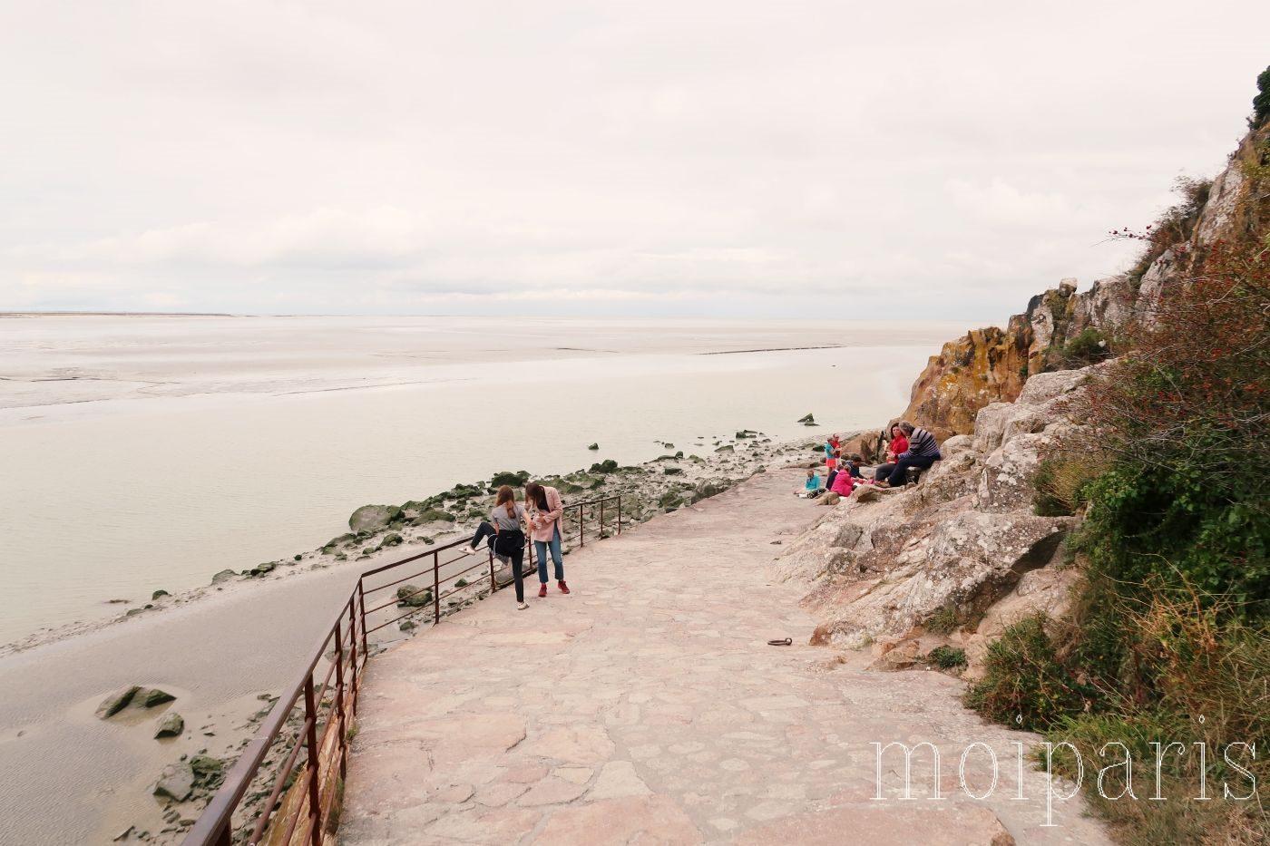 モンサンミッシェル、海を眺めながらの食事、ゆったり、穴場、ハイキング。