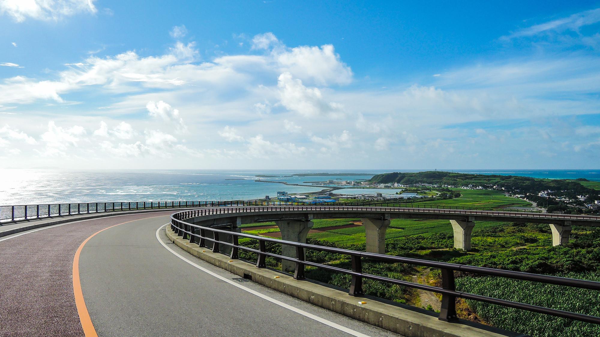 沖縄、高速道路