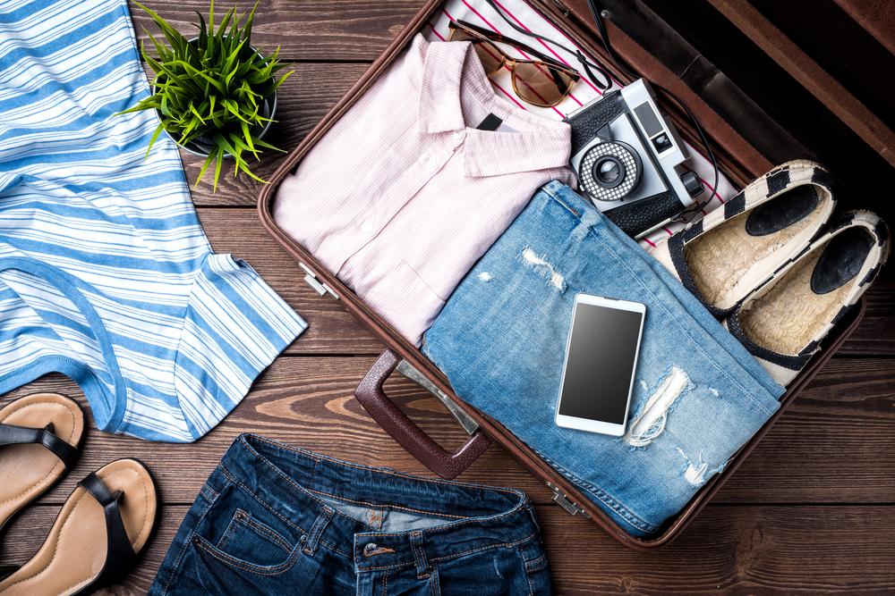沖縄、ハネムーン、旅行、荷物、持ち物。