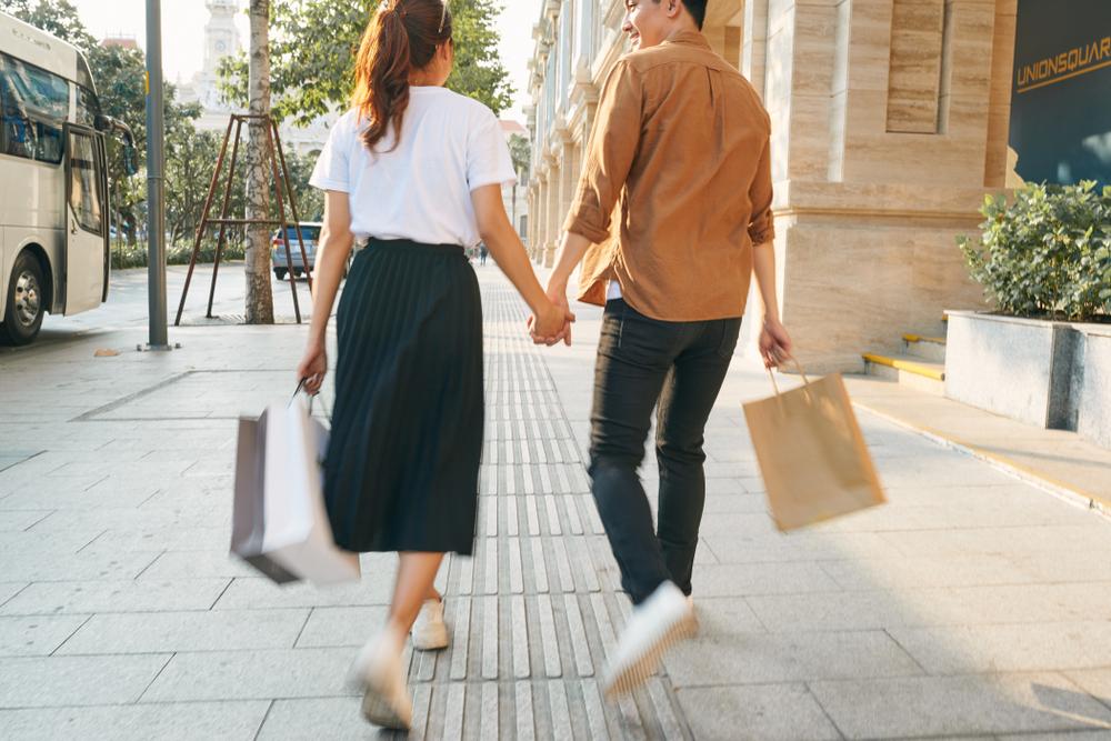 ショッピング、カップル、ハネムーン、旅行、沖縄。