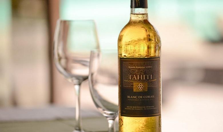 ランギロア島の白ワインは賞を受賞