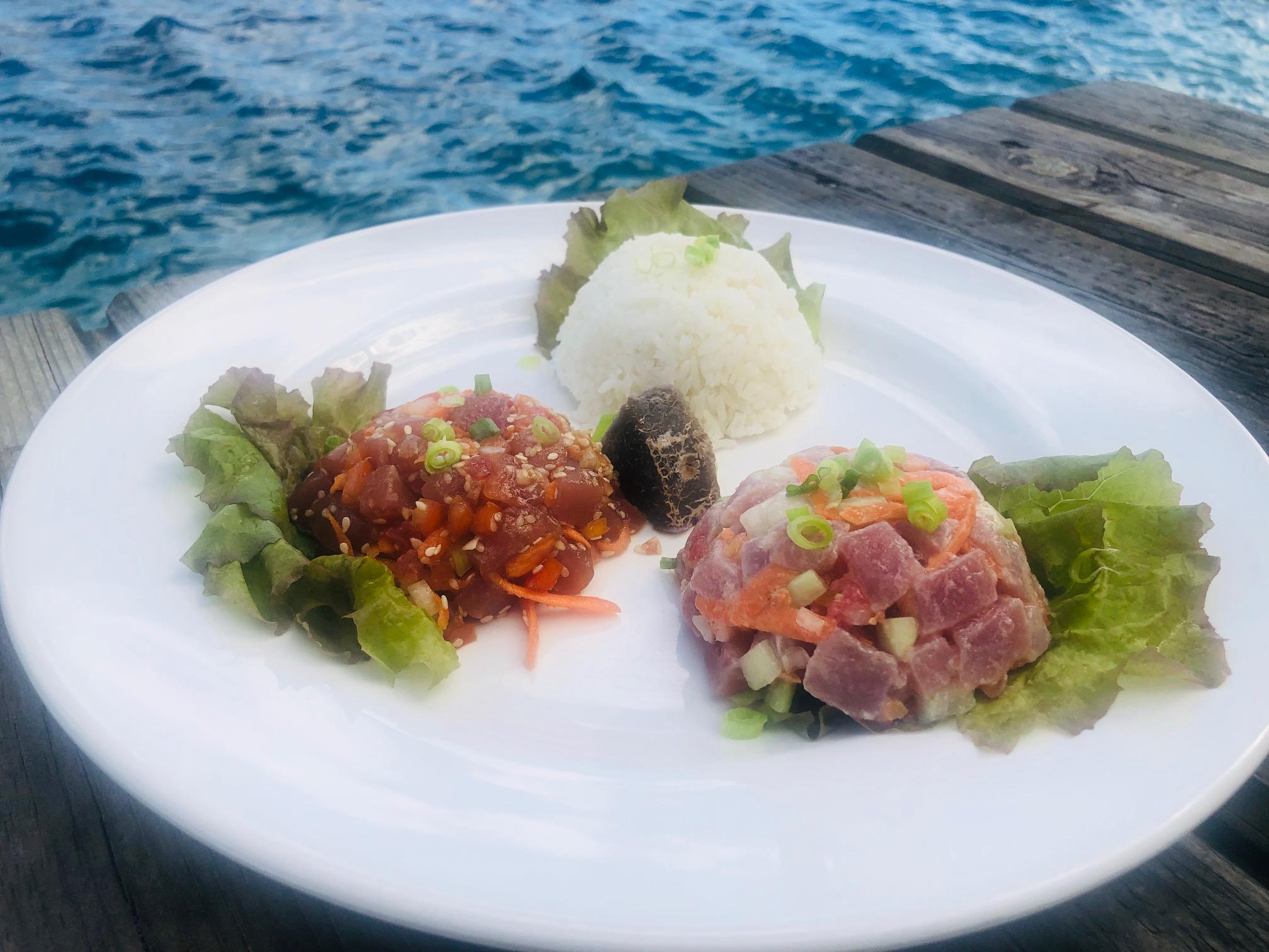 タヒチ、フアヒネ島、レストラン、料理