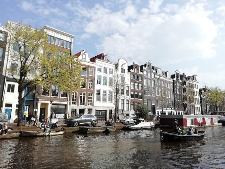 運河の街アムステルダムオプショナルツアー