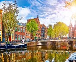 ハネムーンにお勧めのオプショナルツアー!乗り継ぎでもオランダ満喫「トランジットツアー」