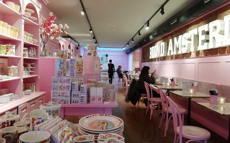 「オランダ満喫トランジットツアー」雑貨屋とカフェ