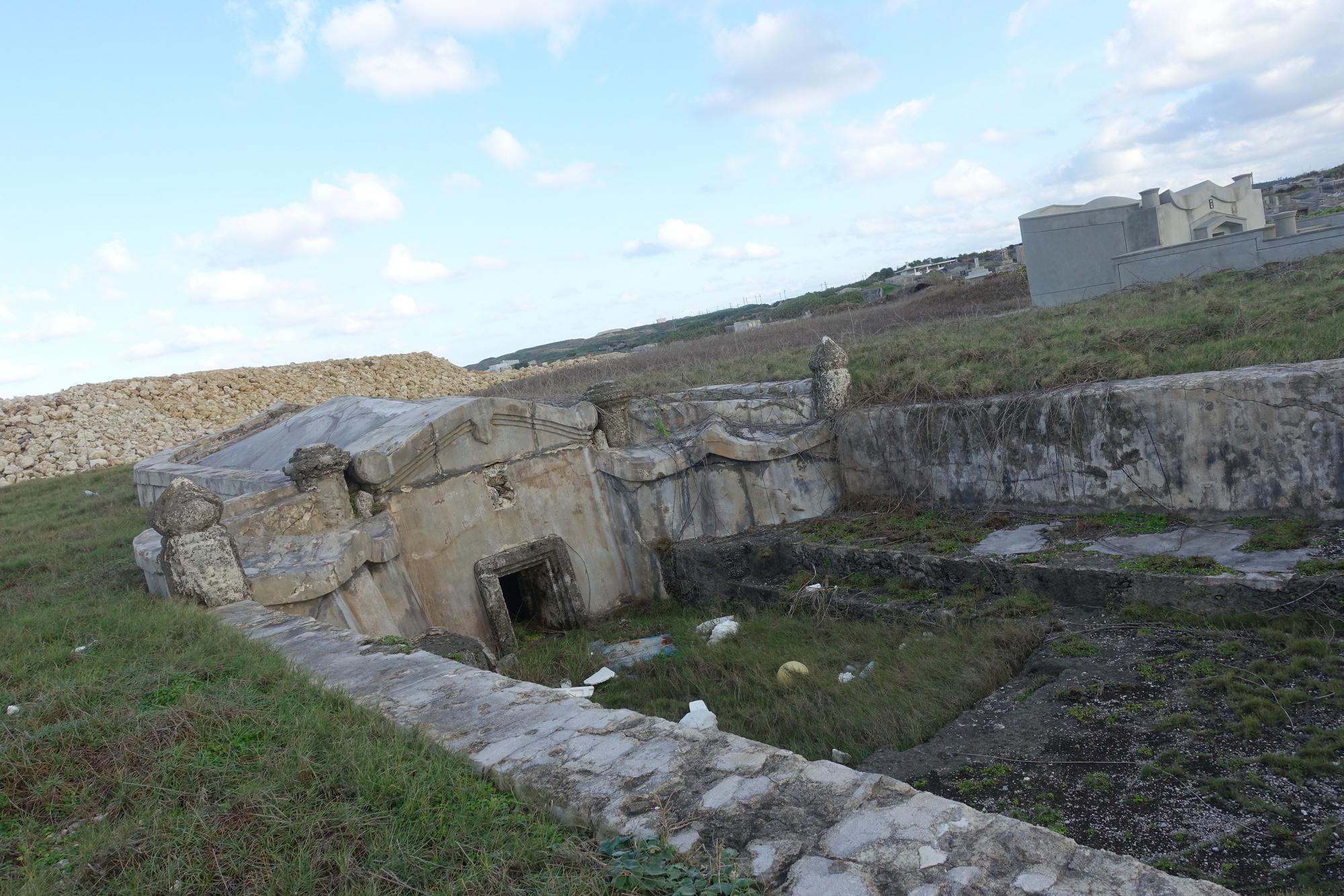 沖縄、お墓、お墓参り。